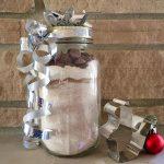 DIY Gift Alert: Dog Biscuit Mix in a Jar
