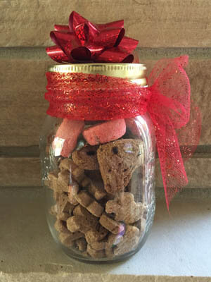 Diy Gift Alert Dog Biscuit Mix In A Jar Woof Report The Best Email Newsletter For Dog Lovers